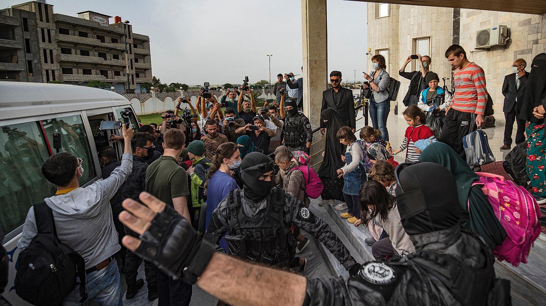 Rojava yönetimi, Rusya'ya IŞİD'li 20 çocuk teslim etti