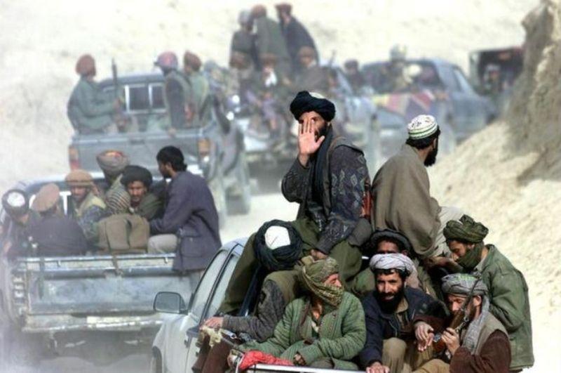 Taliban Kandahar şehir merkezine ilerliyor!