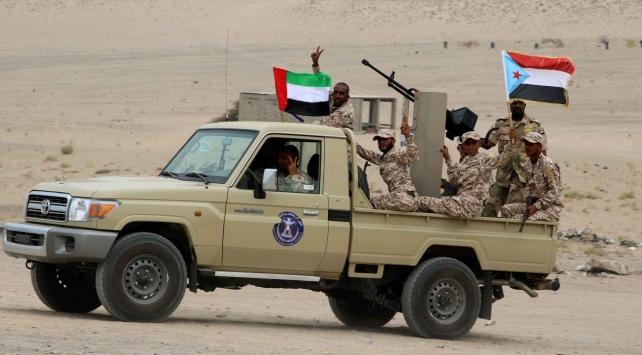 Yemen'de BAE güçleri, Aden bölgesine saldırdı