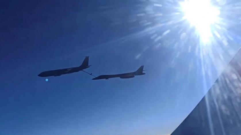 Rus avcı uçakları, ABD bombardıman uçaklarını engelledi!