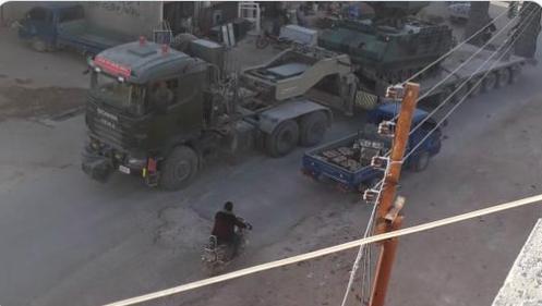 Rus basını: Kabul edilen tezkere sonrası, TSK'ye ait büyük bir konvoy İdlib'e girdi!